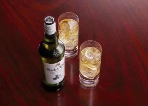 Black & White Whisky